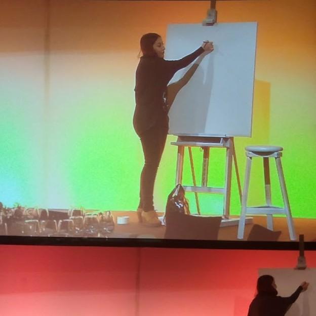 Ilustración Elena Mir pintura en directo